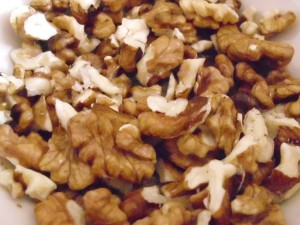 Phytic acid  in walnuts is about 0.2-6.7%.